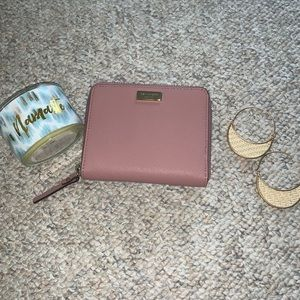 Kate Spade wallet small zip around NWT